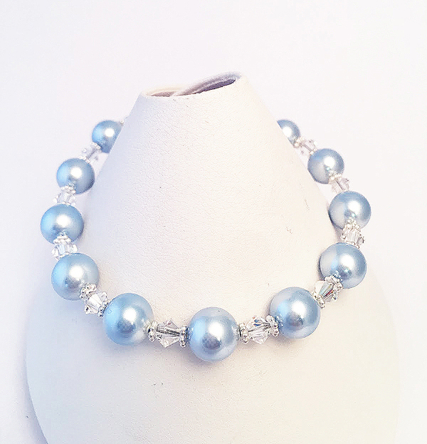 Guardian Angel Bracelet with Pearls and clear Swarovski Crystals